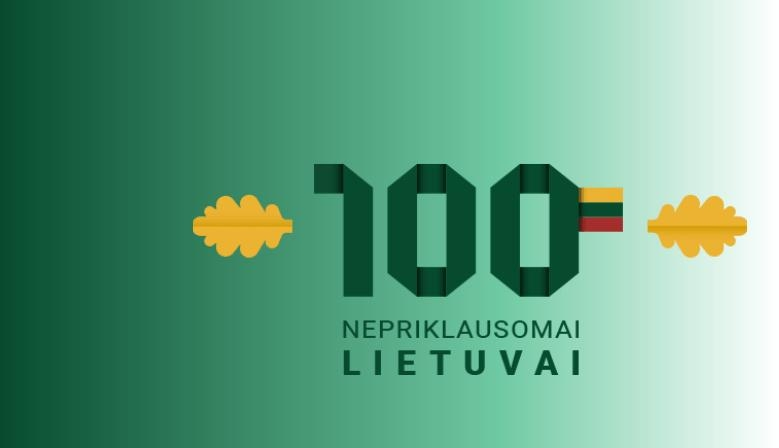 Souvenirs with Lithuanian attributes